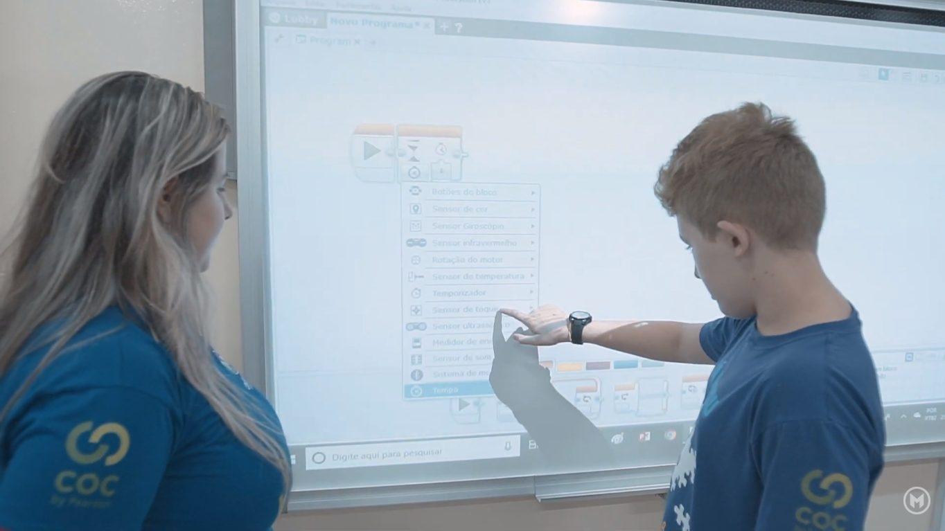 Lousa Digital no Colégio Moraes