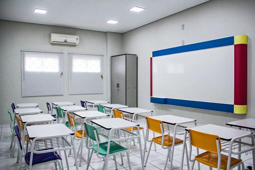 mmt_Lousa QuadriLine no Colégio Evangélico (Ribeirão Preto)